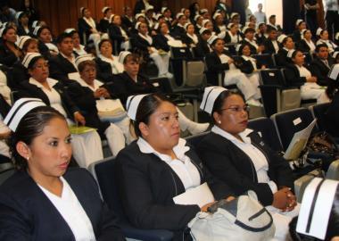 Graduación de enfermeras de la nivelación cuvalles