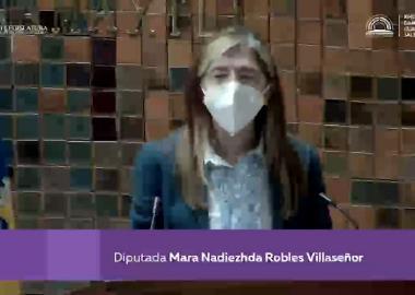 Diputada Mara Robles en tribuna del Congreso de Jalisco